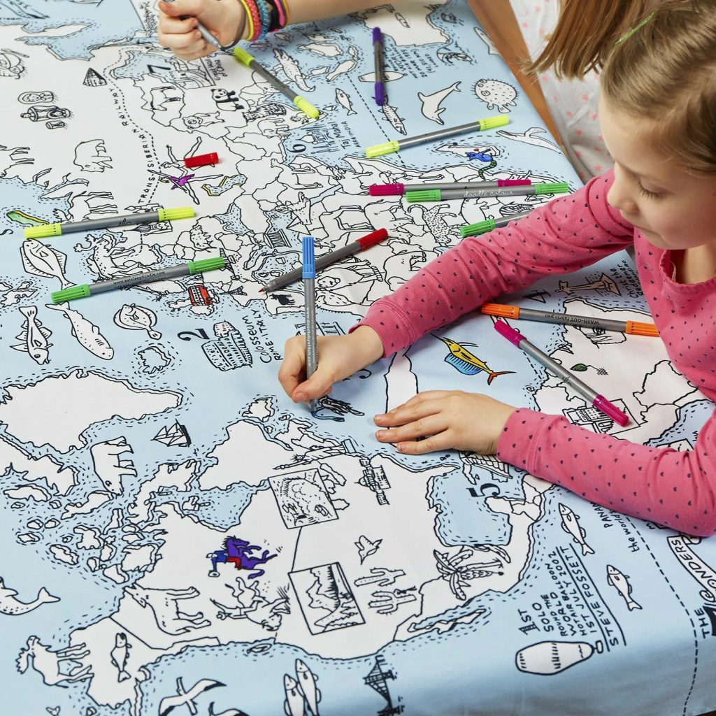 MAPTS world map tablecloth lifestyle 4
