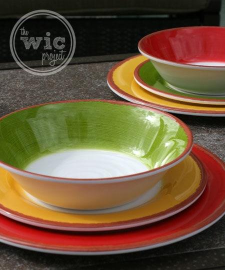 BJ's Wholesale Club 18-piece Melamine Dinnerware Set