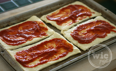 Crescent Pizza Pocket Sauced