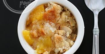 Almond Peach Cobbler #LuckyLeafLuckyMe Giveaway
