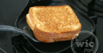 The Perfect Grilled Cheese Sandwich with T-fal