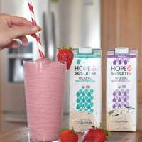 Delicious Hope & Sesame Organic Sesame Milk + Strawberry Banana Sesame Milk Smoothie Recipe + Giveaway