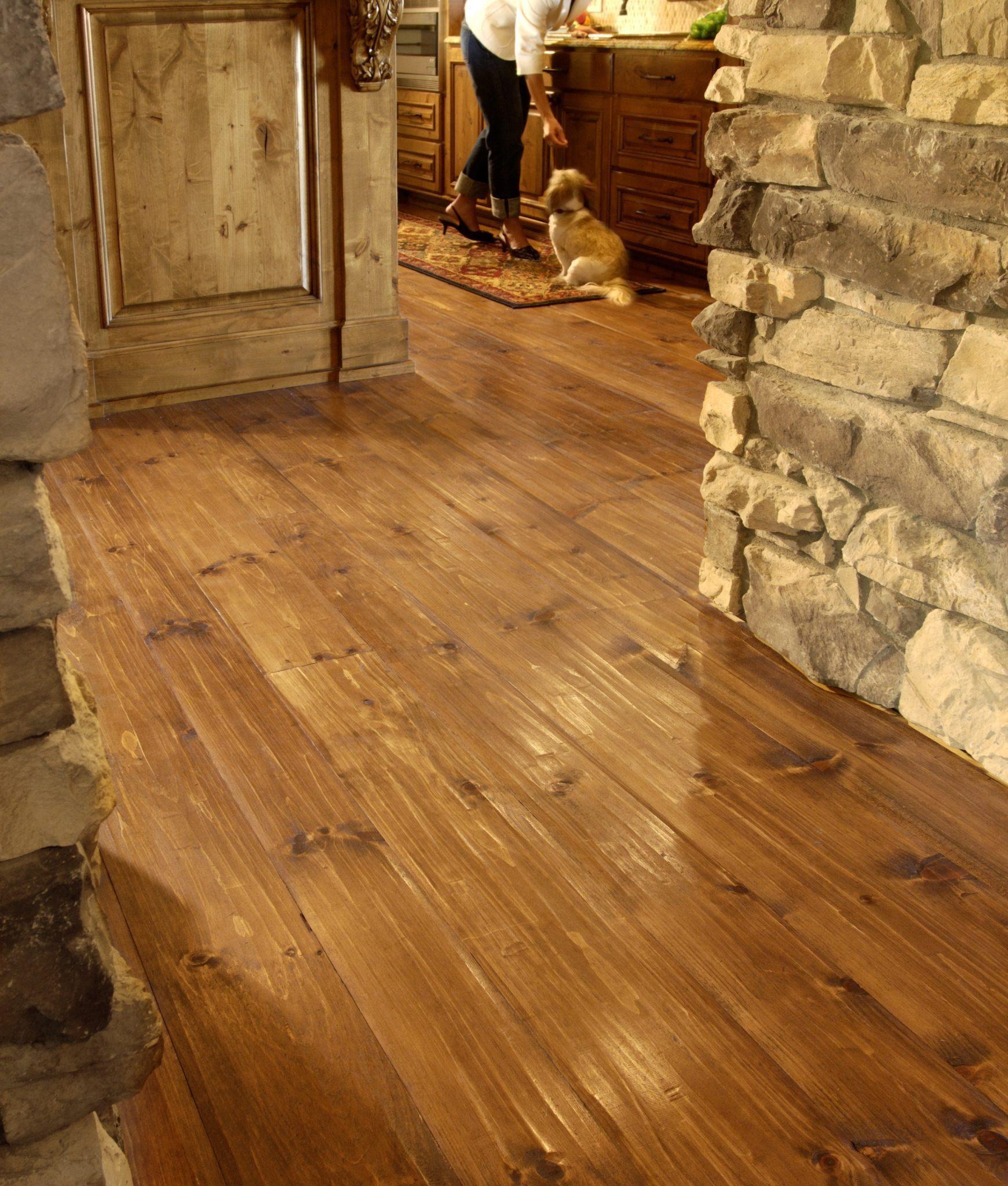 Eastern White Pine Flooring in a Hallway