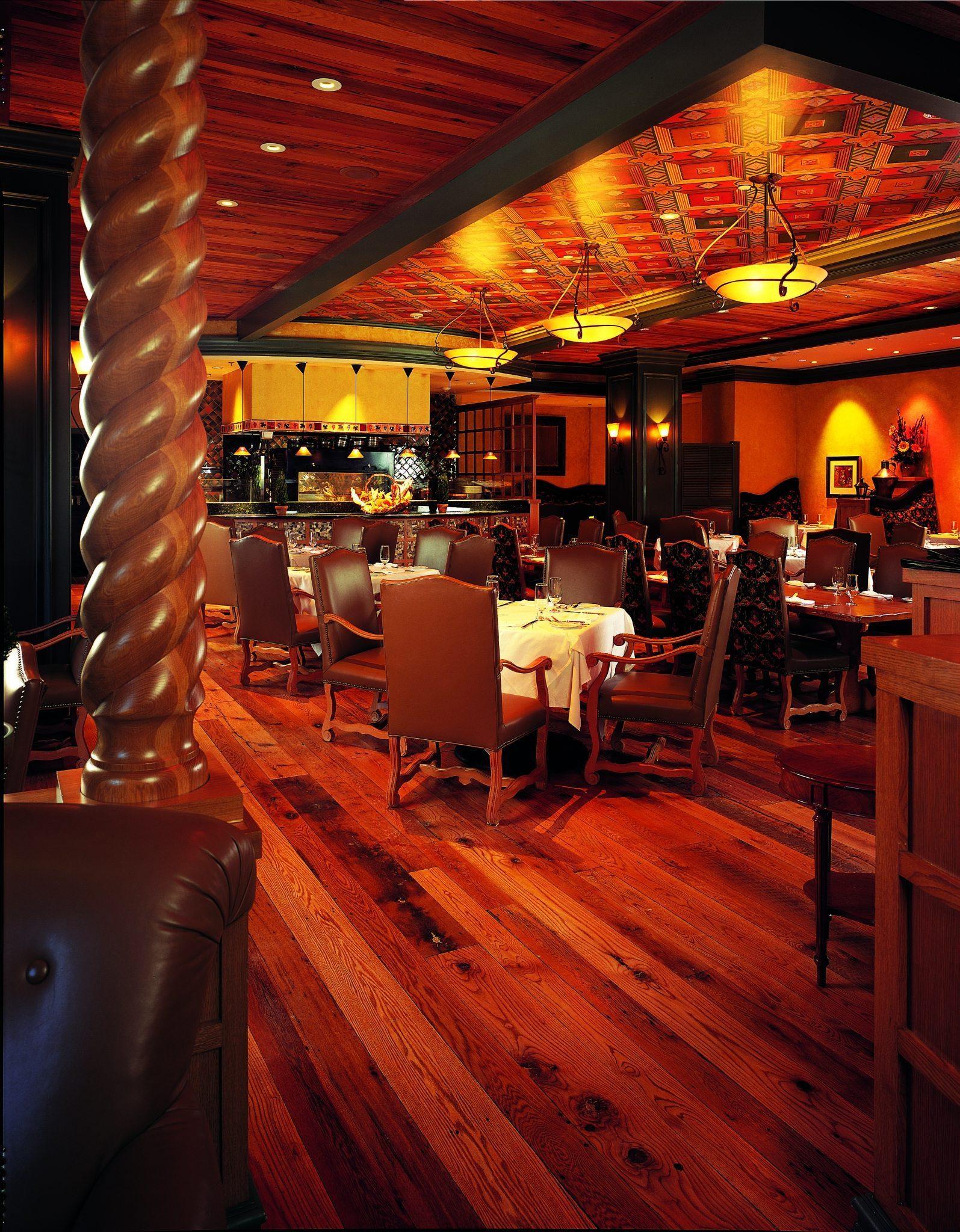 Reclaimed Oak Wood Floors Commercial Dining Room