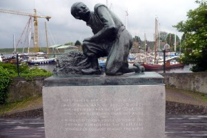 Statue of Hans Brinker, Spaarndam. Note Hans has his whole hand in the dink, not just a finger.