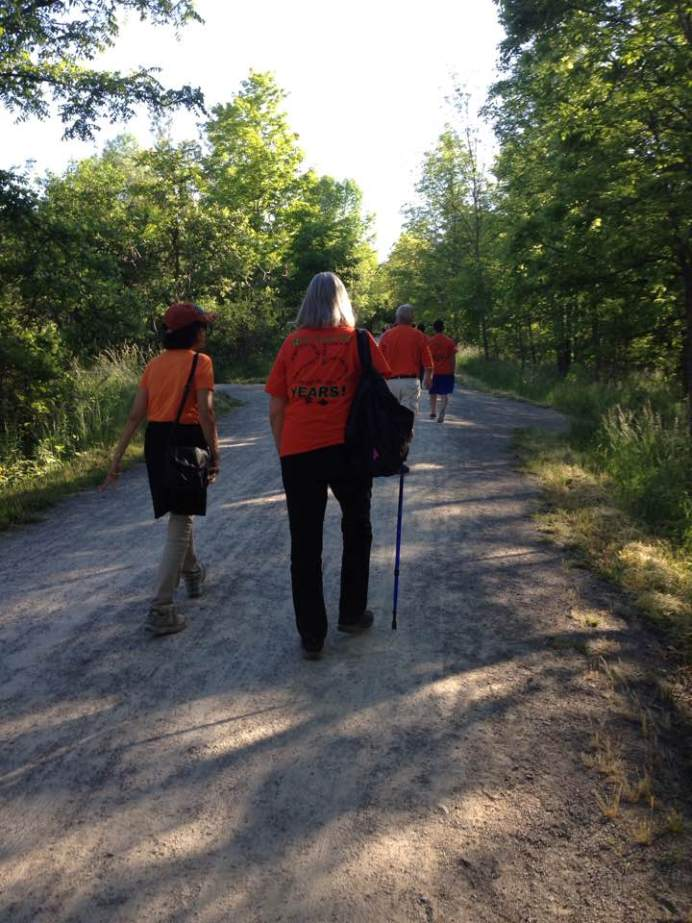 Walkers ahead of me got their Dutch on, wearing orange for the Dutch royal family (House of Orange).