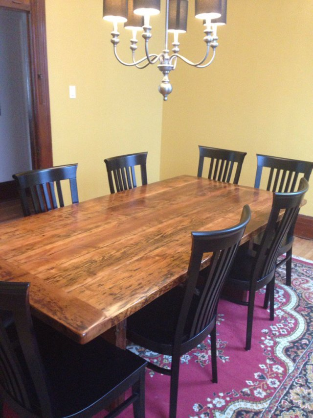 Dining room furniture: check!