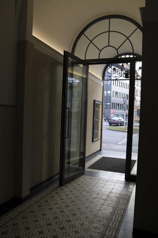 Zementfliesen für private oder Gewerbe-Treppenhäuser in ganz Deutschland.