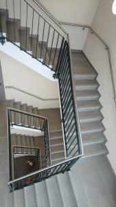 Gewerbe Treppenhaus Fliesenarbeiten in Unterfranken