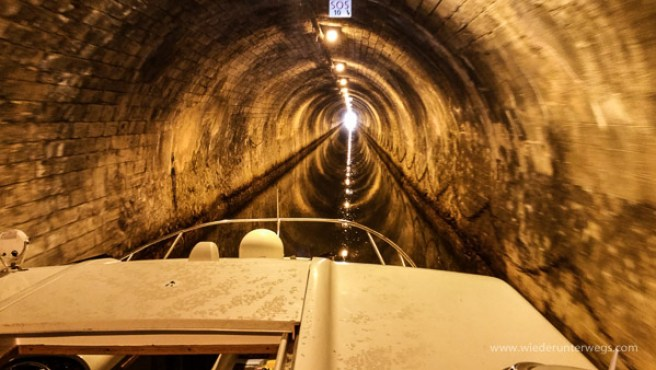 Und erst im Tunnel DRINNEN!