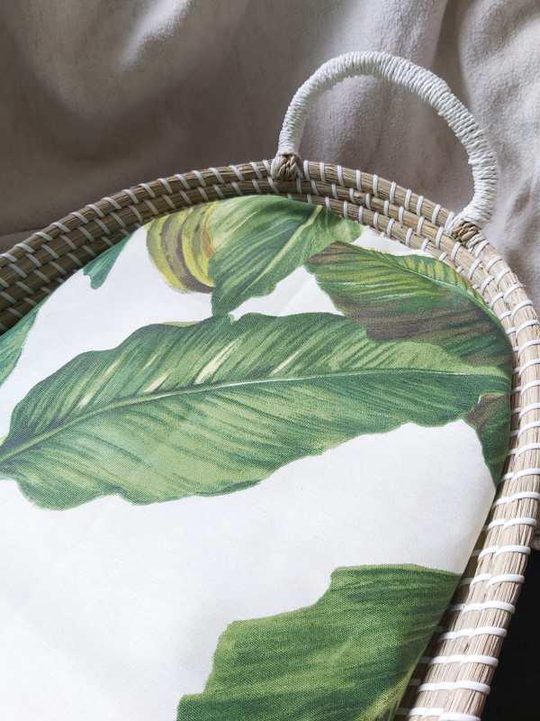 verzorgingsmand met waterafstotend banaanblad