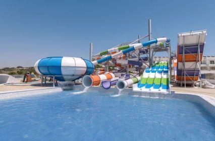 SplashWorld Tofinis Apartments