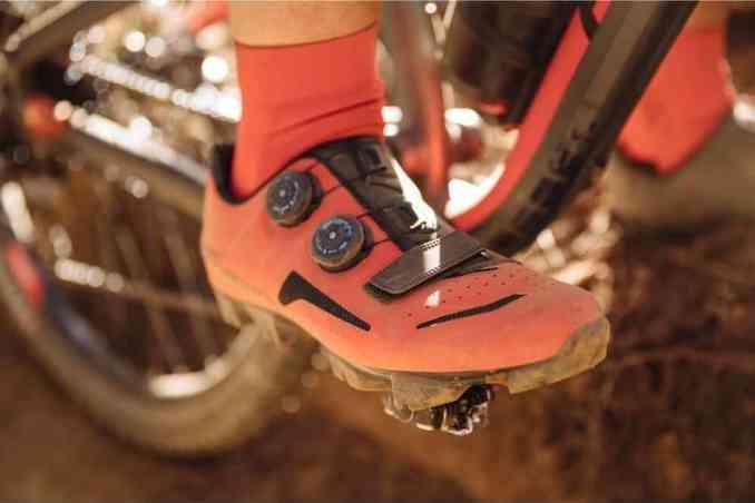 wielrenschoenen nl mtb schoenen XC500 decathlon