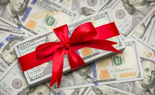 Five Ways To Make Some Extra Cash During The Holiday
