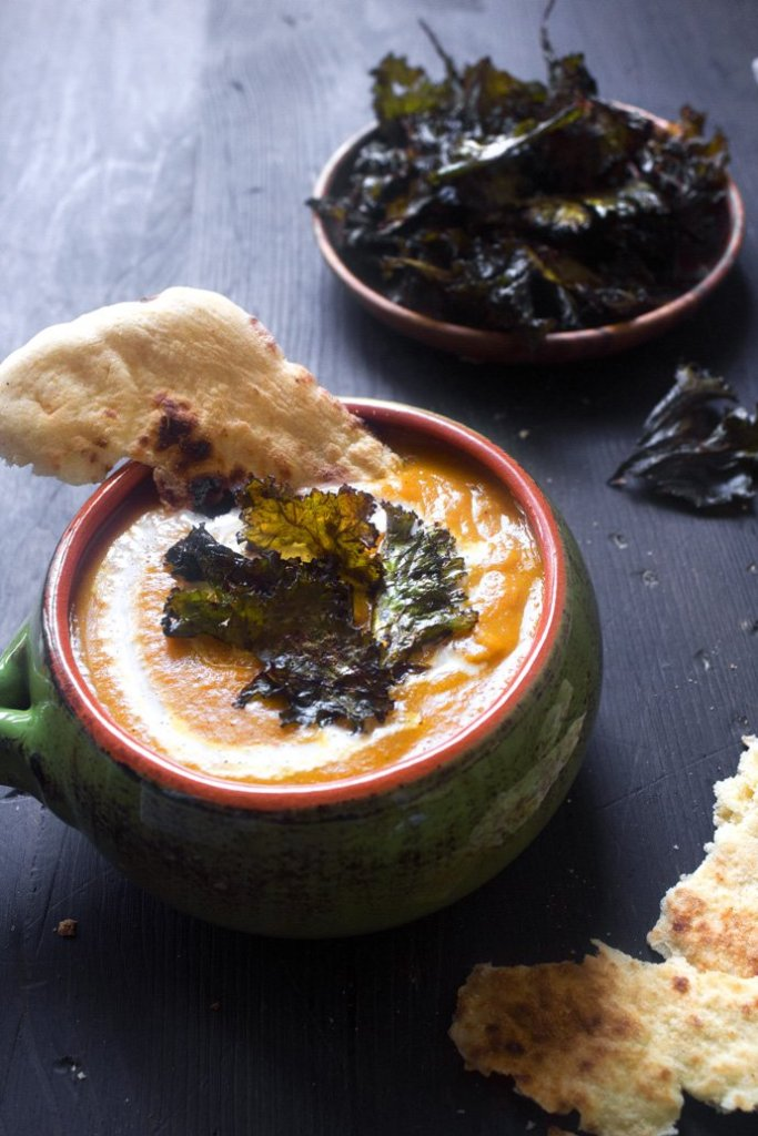 Curried Butternut Squash Soup with Spicy Kale Chips | Gluten, grain, and dairy free. Vegetarian, Vegan, and Paleo/Whole30.