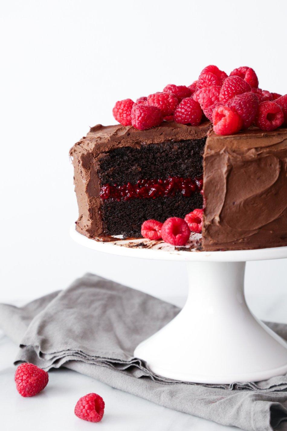 http://www.wifemamafoodie.com/chocolate-raspberry-layer-cake/