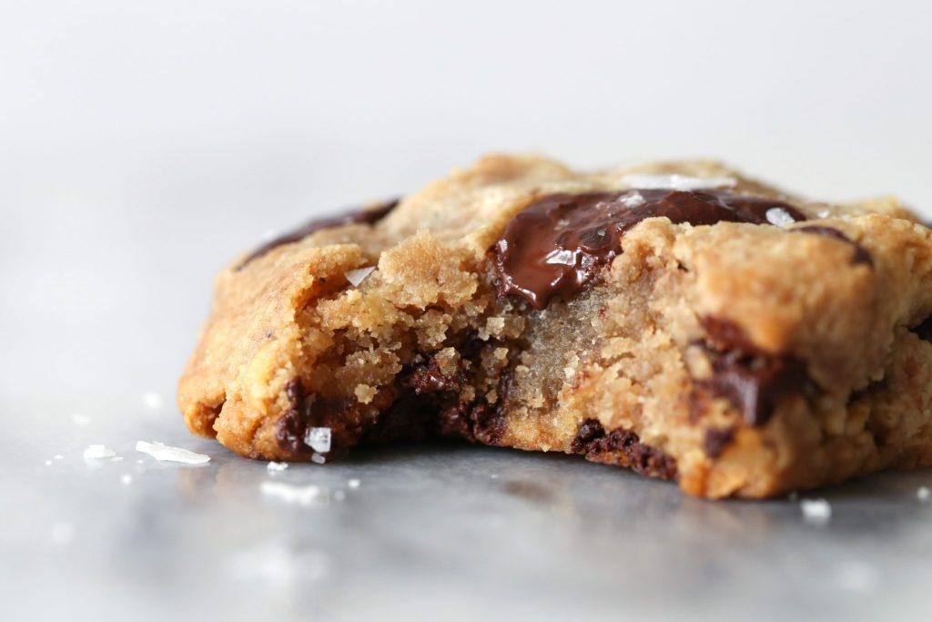 Paleo & Vegan Chocolate Chip Cookies   Grain, Gluten, Dairy, Egg, & Refined Sugar Free