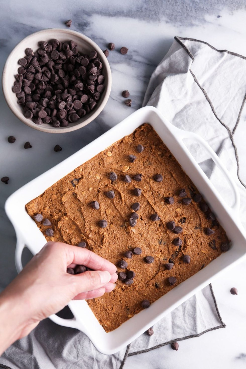 Pumpkin Chocolate Chip Oat Bars—Dairy, egg, gluten, and refined sugar free | Wife Mama Foodie