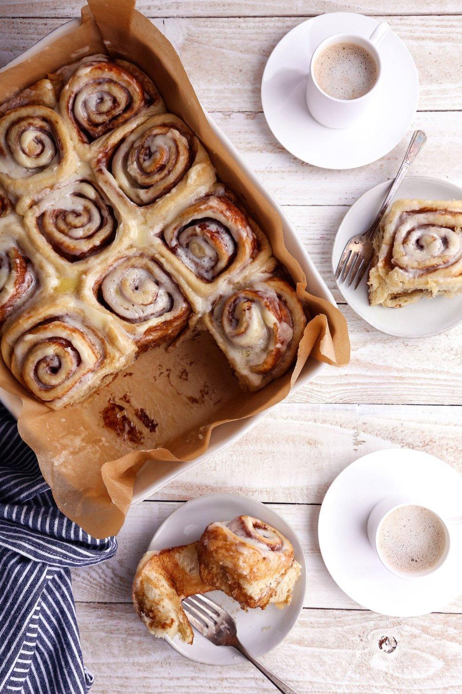 Easy Cinnamon Rolls | Vegan and Refined Sugar Free