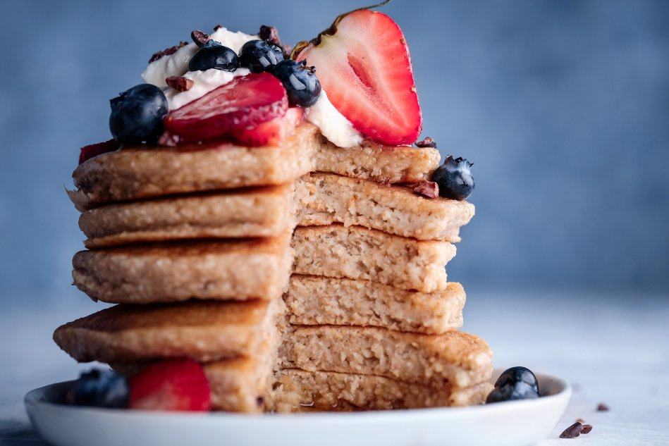 Easy Blender Pancakes | Vegan friendly and free of gluten, dairy, and refined sugar