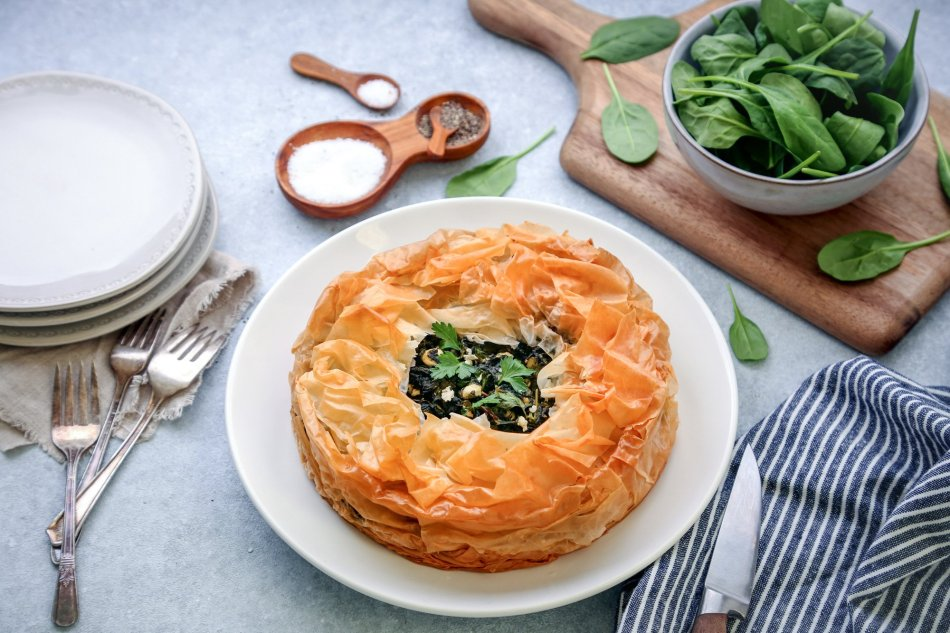 Spanakopita Pie | Wife Mama Foodie