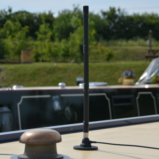 Wifionboard high-gain 3/4g antenna for canal boat