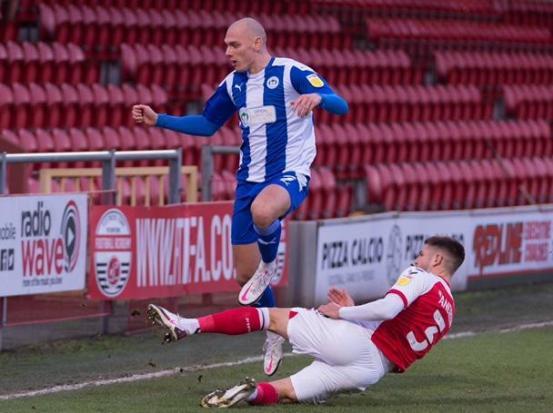 Το Wigan Athletic αστέρι θα ενταχθεί στον Joe Garner στην Κύπρο