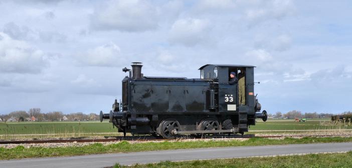 Stoomtreinen en -trams in Nederland en België
