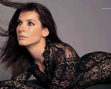 Sandra Bullock wiki, age, Affairs, Family and More-1