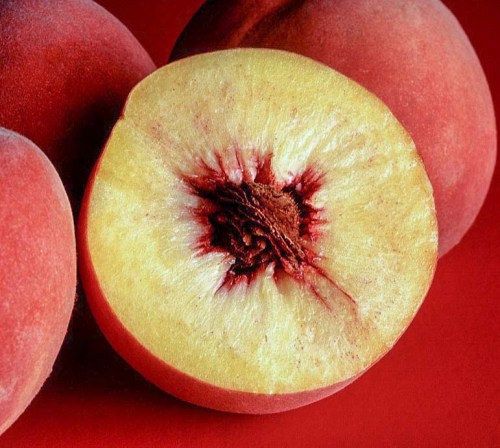 Peach fruit nutrition facts