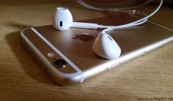 How to Control iPhone with HeadPhone