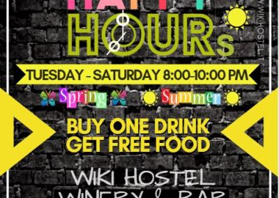 Wiki Hostel HAPPY HOURS free Buffet!