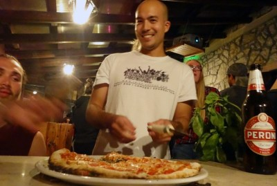 WIKI HOSTEL PIZZA PARTY asian backpackers