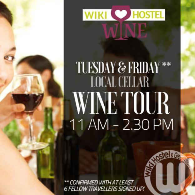 WIKI-HOSTEL-wine-tour-table