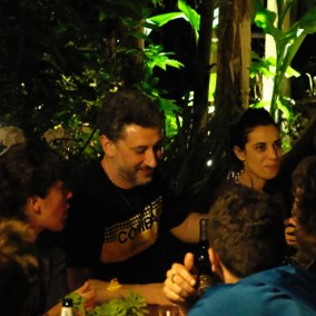 wiki-hostel-founders-2018-ulia-luca-agnese-table-night
