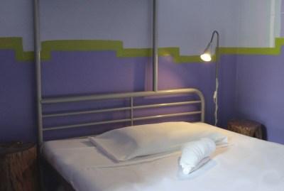 WIKI HOSTEL PRIVATE ROOM violet single bed