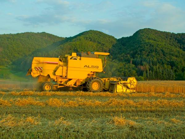 Agricultural Engineer 5 Steps With