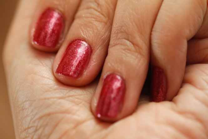 Don 39 T Regret Your Patterned Acrylic Nails When You Can Repaint Them Yourself