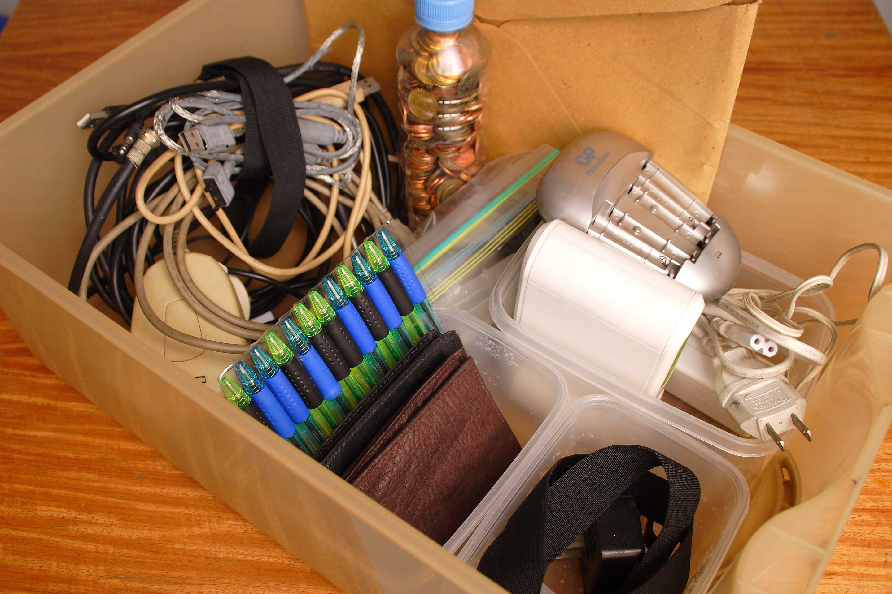 How to Organize Your Junk Drawer: 9 Steps (with Pictures)