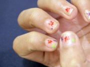 apply nail polish subtly