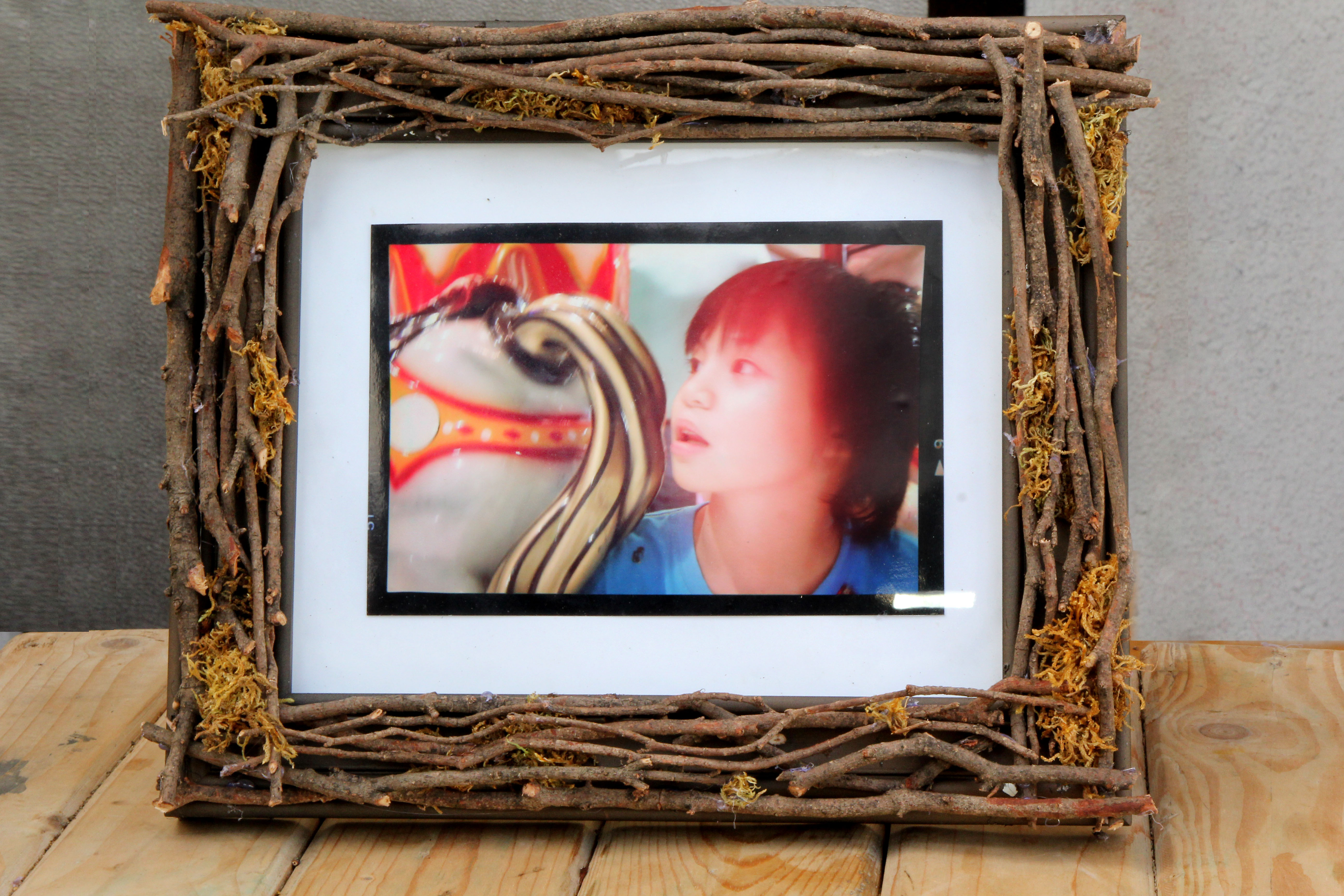How to Make a Twig Picture Frame 8 Steps with Pictures