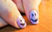 make smiley face nail art