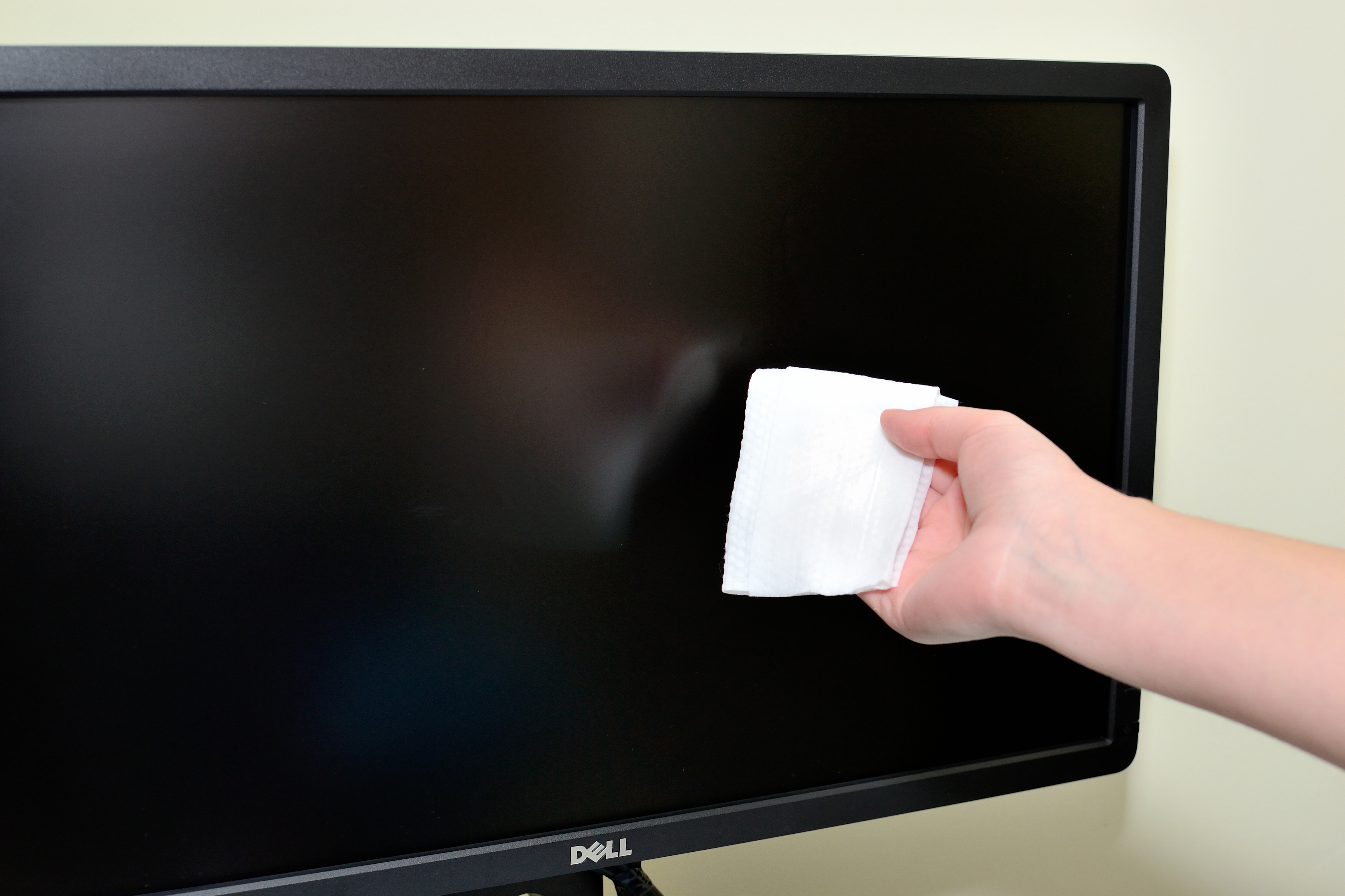 The Best Ways to Clean a Computer MonitorLCD Screen  wikiHow