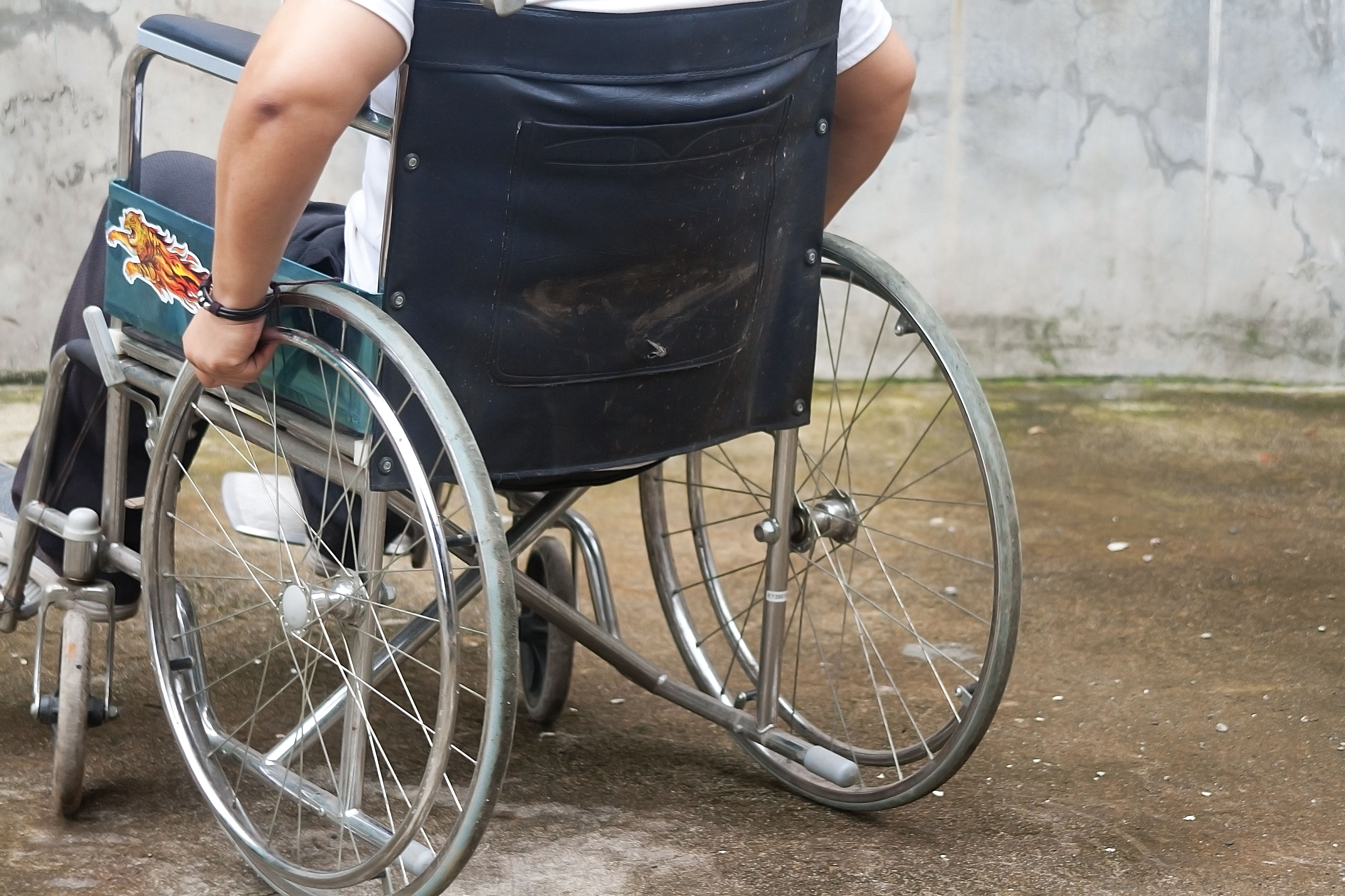 wheel chair in delhi covers and bows how to use a wheelchair with pictures wikihow