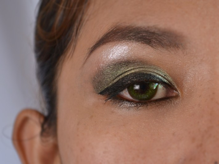 how to do green eye makeup for dark skin (with pictures) - wikihow