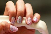 How to Create Fake Nails out of Glitter: 13 Steps (with ...
