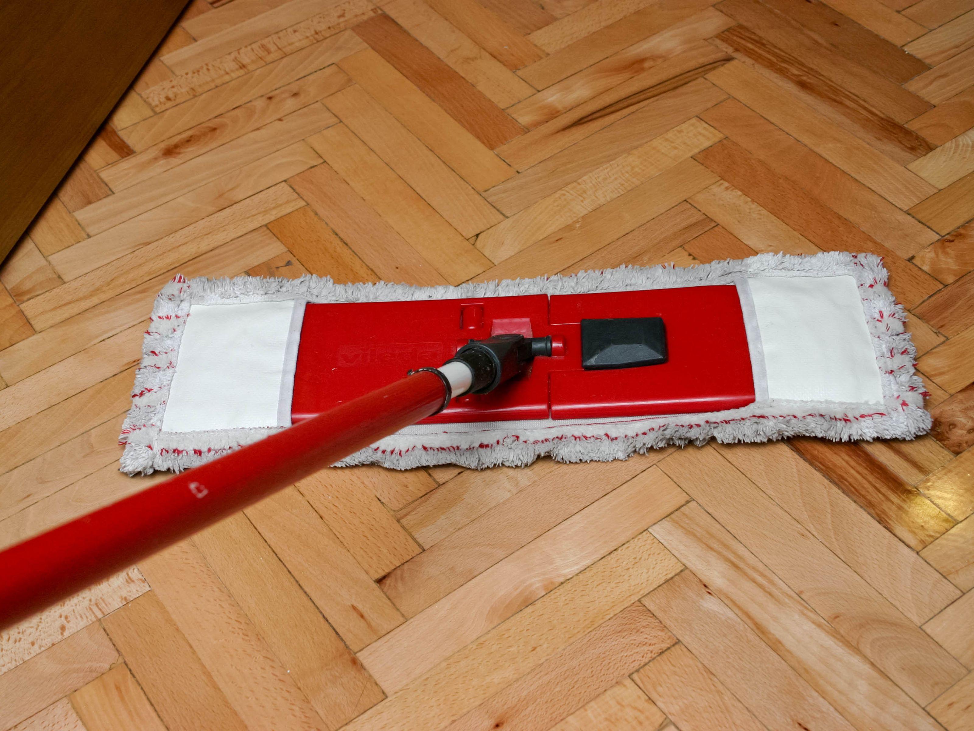 How to Clean a Hardwood Floor Using Black Tea 5 Steps