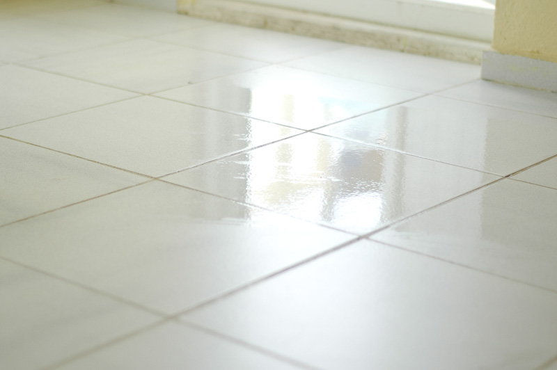 How to Mop Ceramic Tile: 15 Steps (with Pictures)