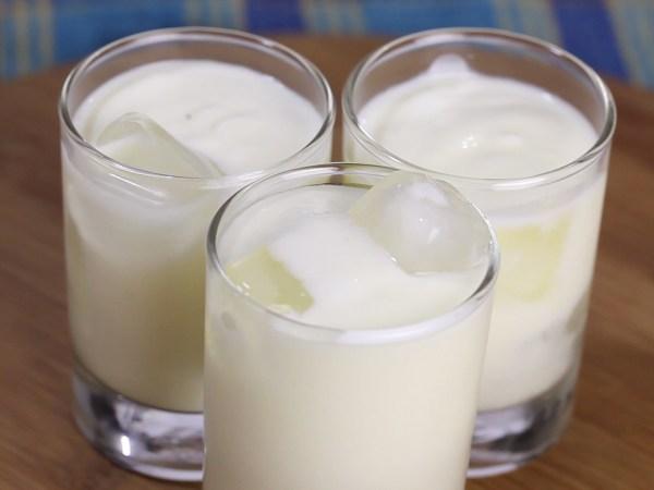 How to Make Sweet Yogurt Drink Sweet Lassi 3 Steps