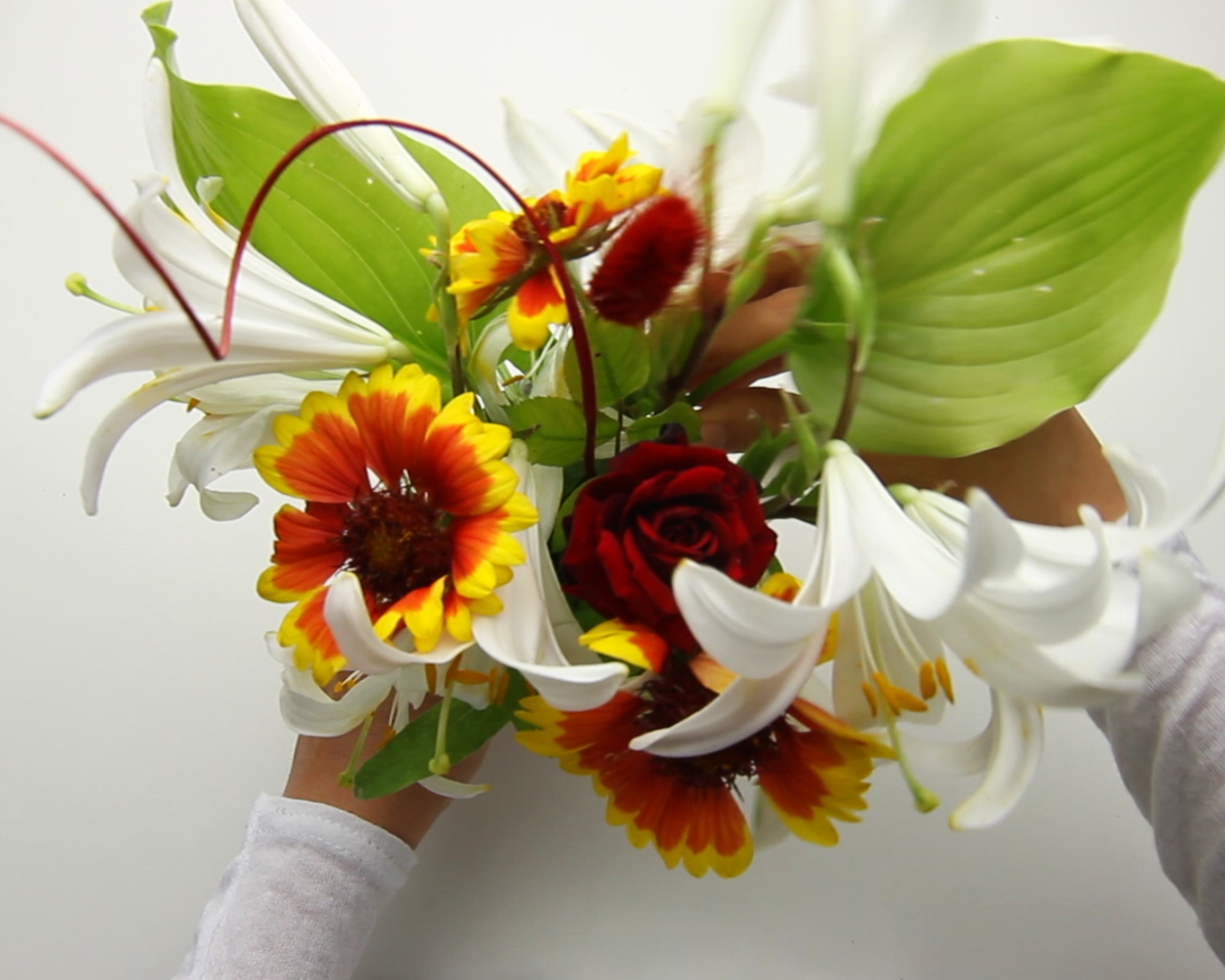 How to Arrange Flowers 14 Steps with Pictures  wikiHow
